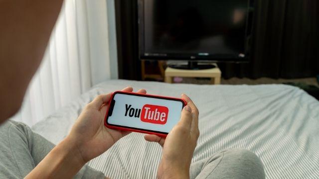 ブログVS YouTubeどっちが稼げるのか徹底比較